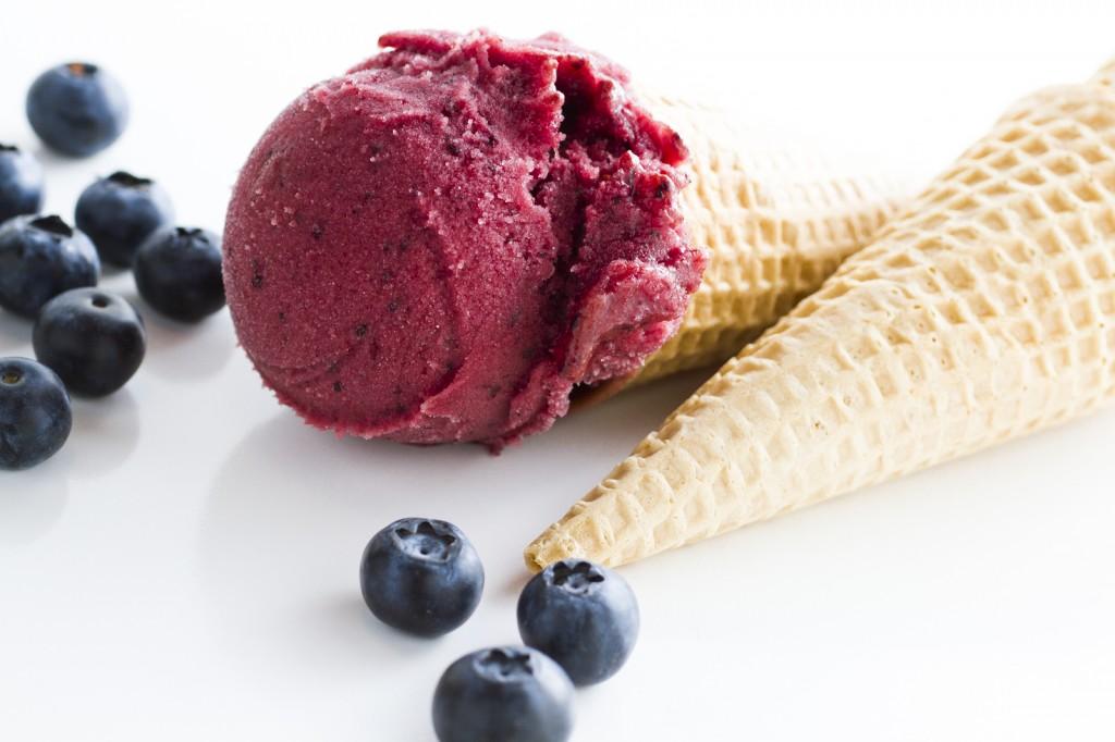 Gelato with Blueberries